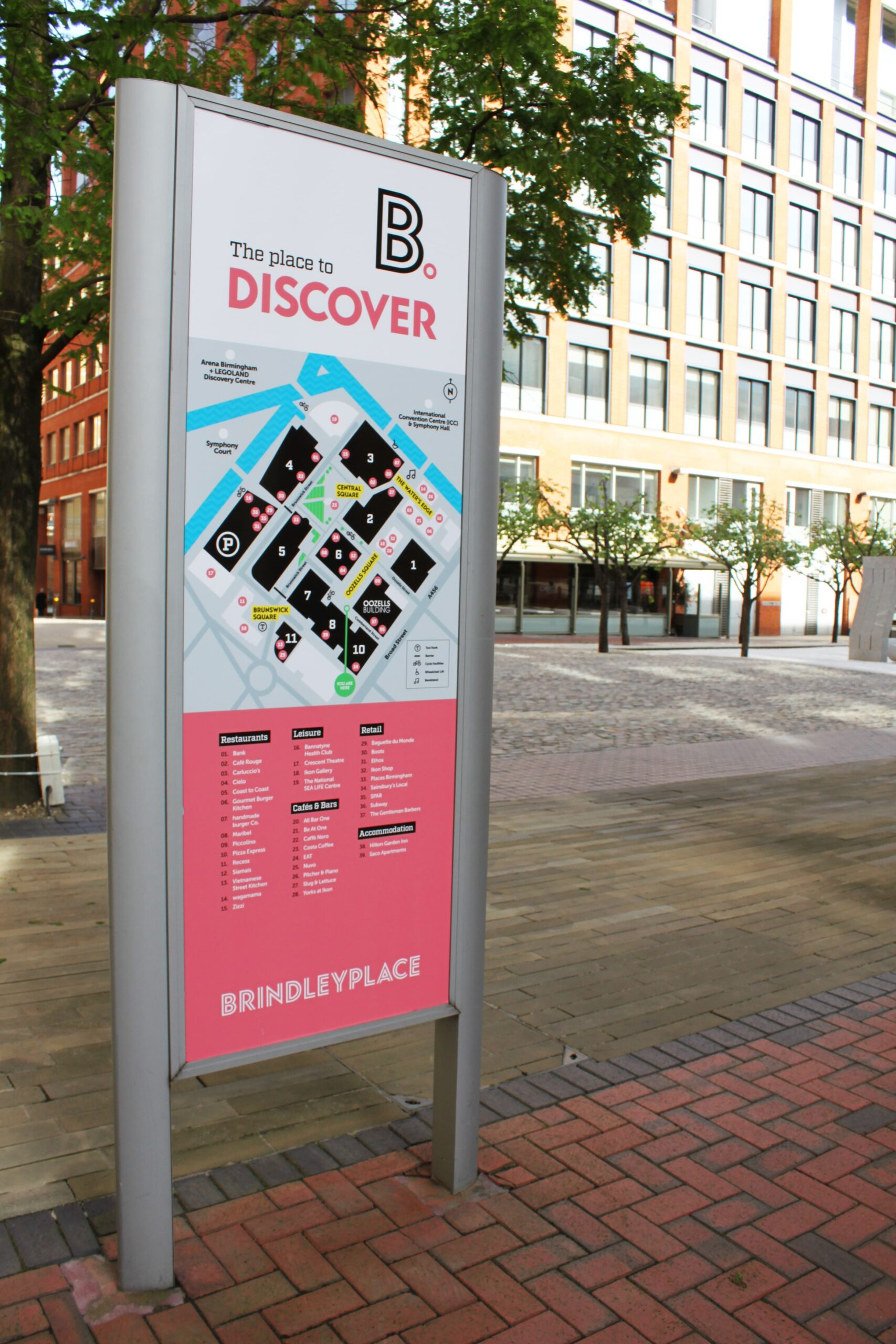 Brindley-Place-Birmingham-Signage-free-standing-totem