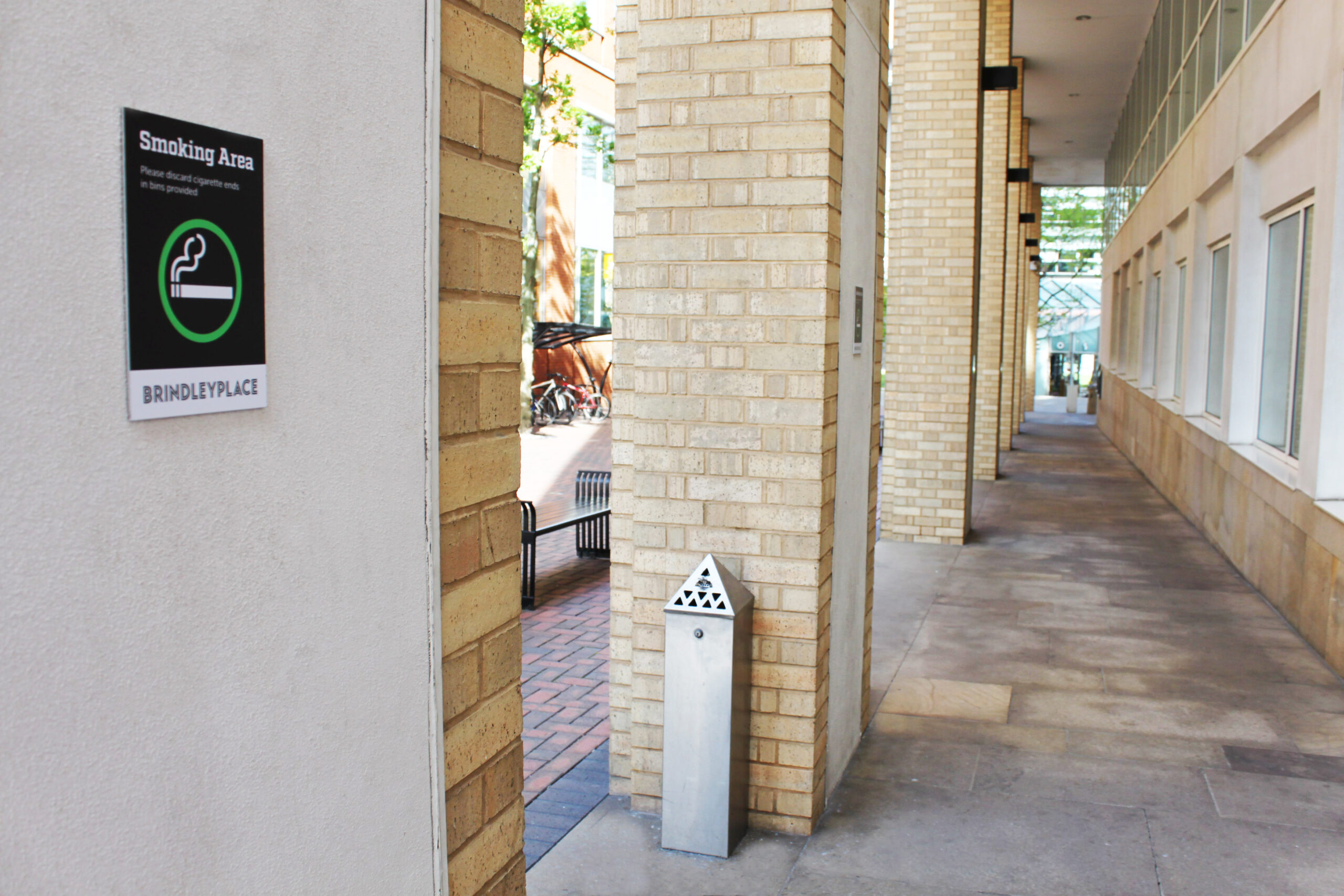 Brindley-Place-Smokeing-Area-signage-Concept-Group