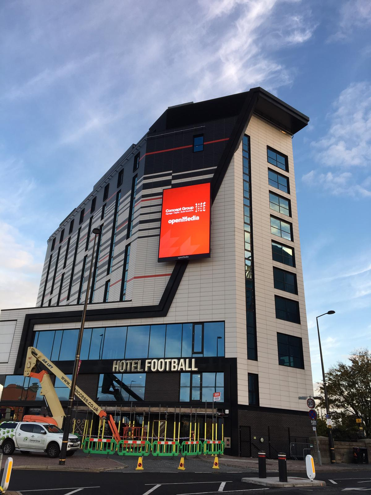 Hotel-Football-2